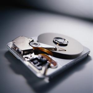 آیا باید اطلاعات هارد دیسک خود را به ابر منتقل کنیم؟